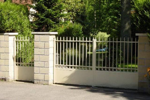 fabricant portail lyon 69 rh ne automatisme portail porte de garage traditionnel alu. Black Bedroom Furniture Sets. Home Design Ideas